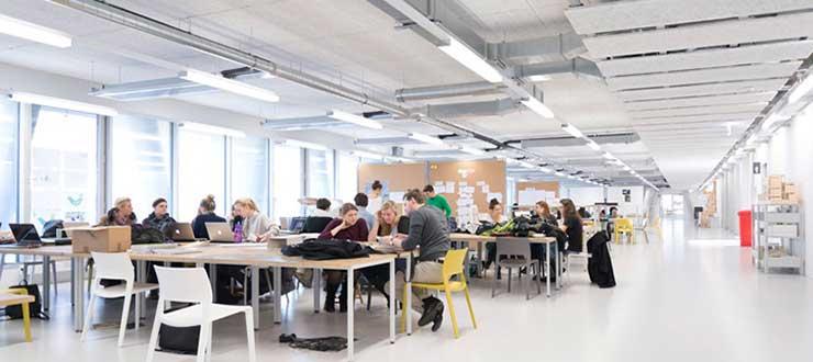 Innenarchitektur Quereinsteiger masterstudium raum und informationsdesign